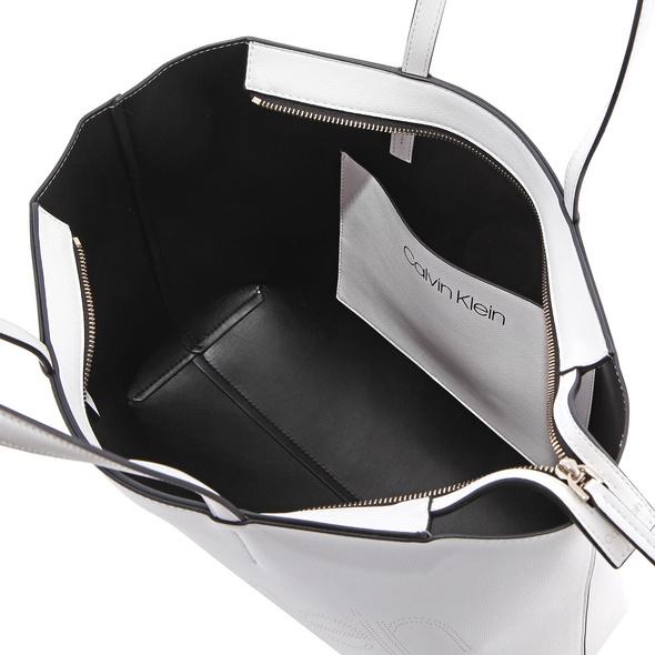 Calvin Klein Shopper Must PSP20 Med P white