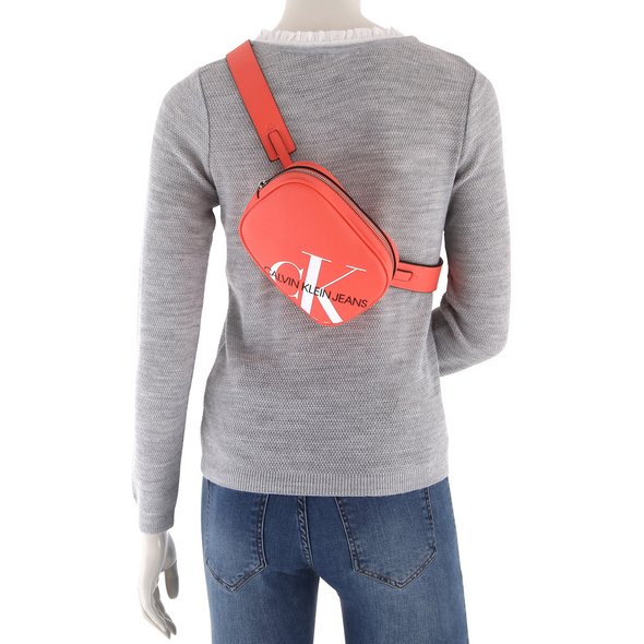 Calvin Klein Jeans Bauchtasche Round Waistbag black